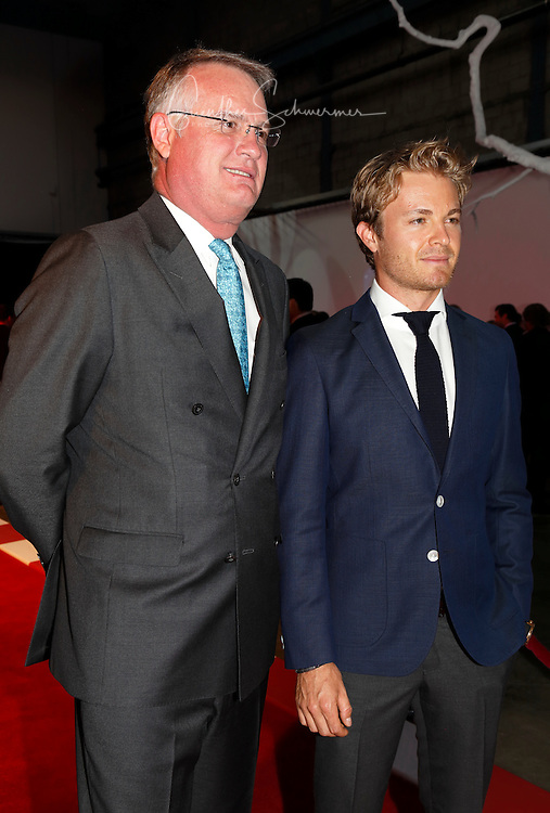 Nico Rosberg with Tim Reuss, CEO Mercedes Canada