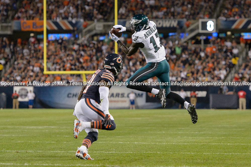 19 September 2016: Philadelphia Eagles Wide Receiver Nelson Agholor (17) [20103] makes a catch during an NFL football game between the Philadelphia Eagles and the Chicago Bears at Solider Field in Chicago, IL. (Photo by Daniel Bartel/Icon Sportswire)