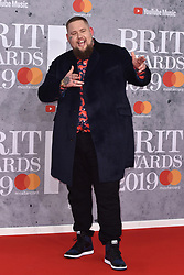 February 20, 2019 - London, United Kingdom of Great Britain and Northern Ireland - Rag N Bone Man arriving at The BRIT Awards 2019 at The O2 Arena on February 20, 2019 in London, England  (Credit Image: © Famous/Ace Pictures via ZUMA Press)