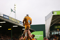 Nizaam Carr of Wasps is lifted up during a lineout - Mandatory by-line: Arron Gent/JMP - 15/02/2020 - RUGBY - Welford Road Stadium - Leicester, England - Leicester Tigers v Wasps - Gallagher Premiership Rugby