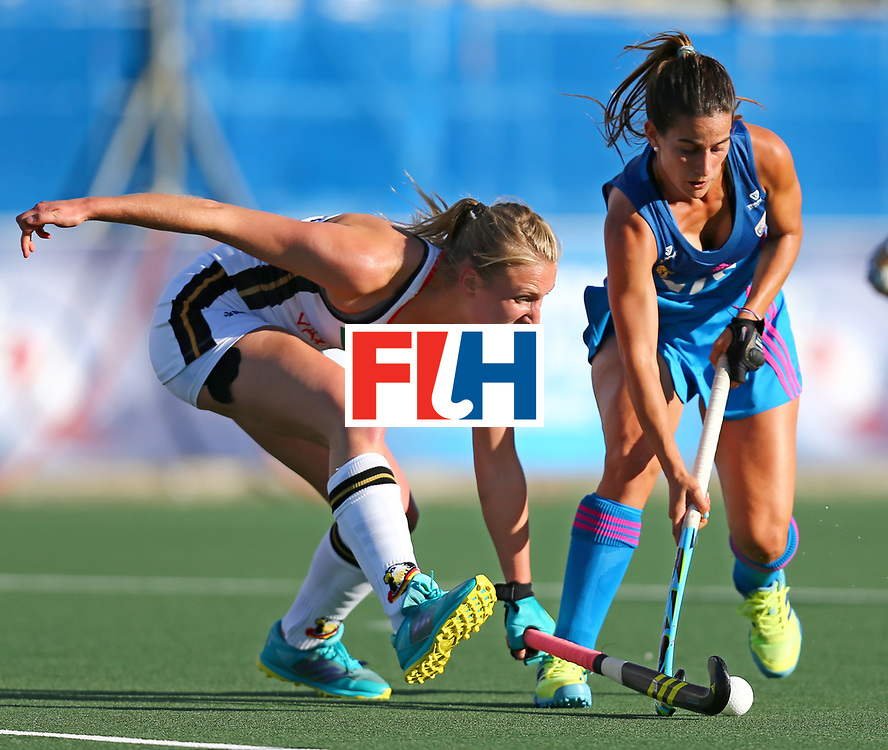 New Zealand, Auckland - 21/11/17  <br /> Sentinel Homes Women&rsquo;s Hockey World League Final<br /> Harbour Hockey Stadium<br /> Copyrigth: Worldsportpics, Rodrigo Jaramillo<br /> Match ID: 10301 - GER vs ARG<br /> Photo: (10) WENZEL Benedetta against (5) ALONSO Agostina