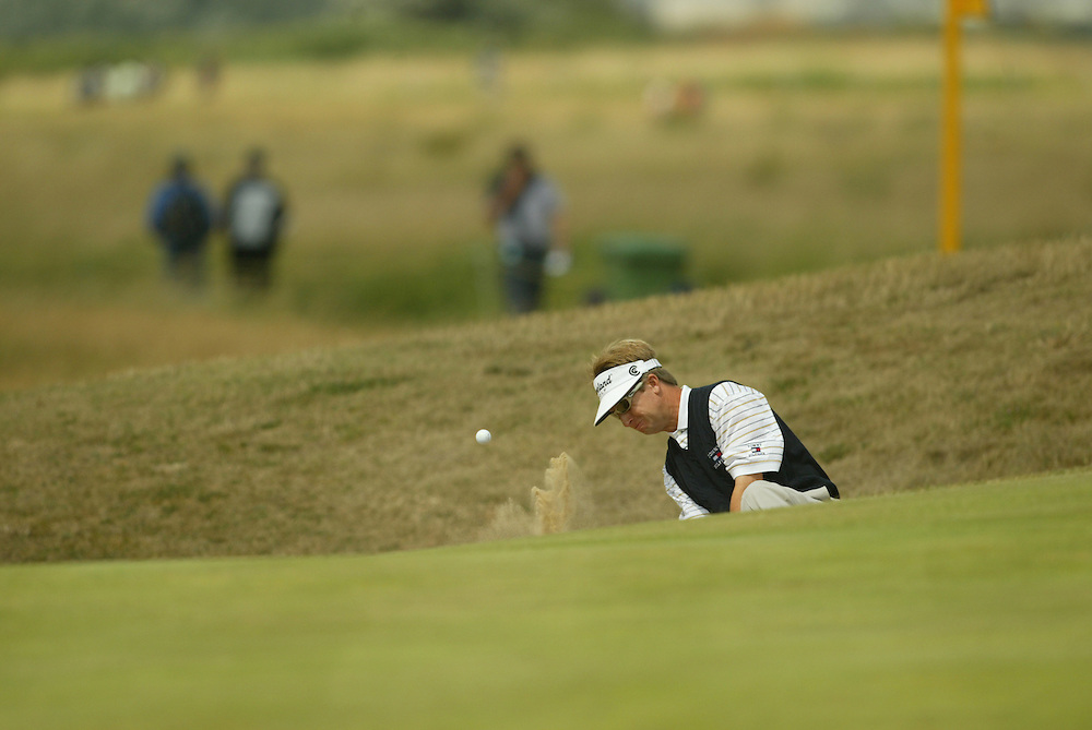David Toms..2003 British Open..Second Round..Royal St. George's Golf Club..Sandwich, Kent, England..Friday, July 18  2003..photograph by Darren Carroll