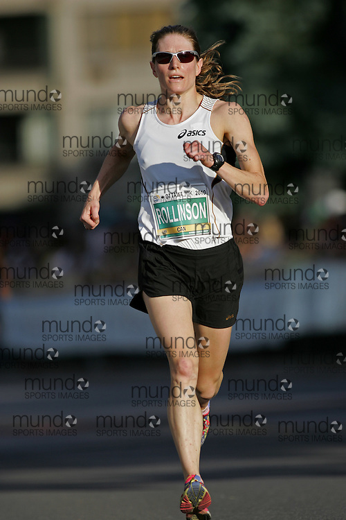(Ottawa, ON --- May 29, 2010) AYESHA ROLLINSON running in the 10km race during the Ottawa Race Weekend. Photograph copyright Sean Burges / Mundo Sport Images