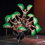 032115 Peking Acrobats