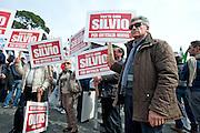 2013/03/23 Roma, manifestazione del PDL Popolo della Liberta'. Nella foto alcuni manifestanti.<br /> Rome, Popolo della Liberta' (reading The Peolple of Freedom Party) demo. In the picture some supporters hold note reading ' All with Silvio (Berlusconi) for a new Italy ' - &copy; PIERPAOLO SCAVUZZO