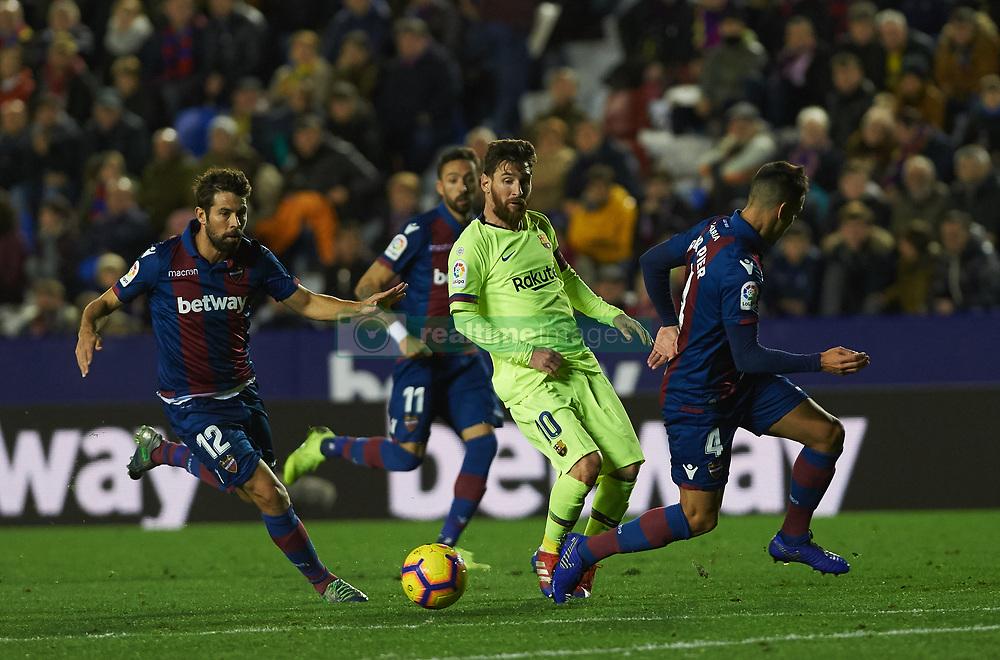 صور مباراة : ليفانتي - برشلونة 0-5 ( 16-12-2018 )  20181216-zaa-a181-042