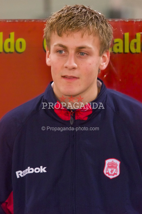 ROME, ITALY - Thursday, February 15, 2001: Liverpool's Stephen Wright before the UEFA Cup 4th Round 1st Leg match against AS Roma at the Stadio Olimpico. (Pic by David Rawcliffe/Propaganda)