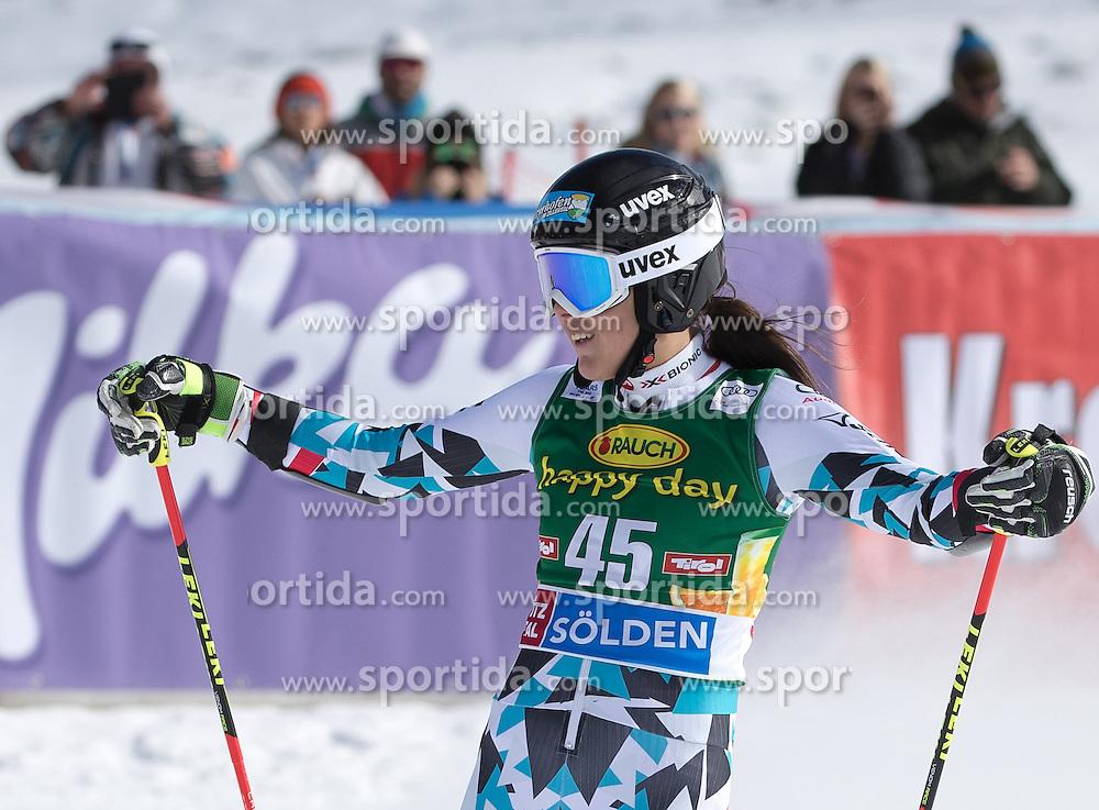 22.10.2016, Rettenbachferner, Soelden, AUT, FIS Weltcup Ski Alpin, Soelden, Riesenslalom, Damen, 2. Durchgang, im Bild Rosina Schneeberger (AUT) // Rosina Schneeberger of Austria reacts after her 2nd run of ladies Giant Slalom of the FIS Ski Alpine Worldcup opening at the Rettenbachferner in Soelden, Austria on 2016/10/22. EXPA Pictures © 2016, PhotoCredit: EXPA/ Johann Groder