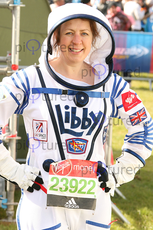 Elizabeth Jackson, Virgin Money London Marathon, London UK, 24 April 2016, Photo by Brett D. Cove