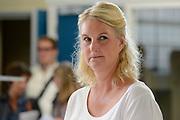 Setvisit SBS Celblok H :  Seizoen 2  in gevangenis Schutterswei in Alkmaar. <br /> <br /> Op de foto: Christine van Stralen