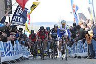 Giro delle Fiandre coppa del Mondo,Matteo Trentin,team Etixx Quick Step,e Daniel Oss, Team Bmc, 6 Aprile 2015, © foto Daniele Mosna