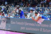 DESCRIZIONE : Varese Lega A 2012-13 Cimberio Varese Enel Brindisi <br /> GIOCATORE : Enel Brindisi<br /> CATEGORIA : Esultanza<br /> SQUADRA : Enel Brindisi<br /> EVENTO : Campionato Lega A 2013-2014<br /> GARA : Cimberio Varese Enel Brindisi<br /> DATA : 17/11/2013<br /> SPORT : Pallacanestro <br /> AUTORE : Agenzia Ciamillo-Castoria/I.Mancini<br /> Galleria : Lega Basket A 2013-2014  <br /> Fotonotizia : Varese Lega A 2013-2014 Cimberio Varese Enel Brindisi<br /> Predefinita :