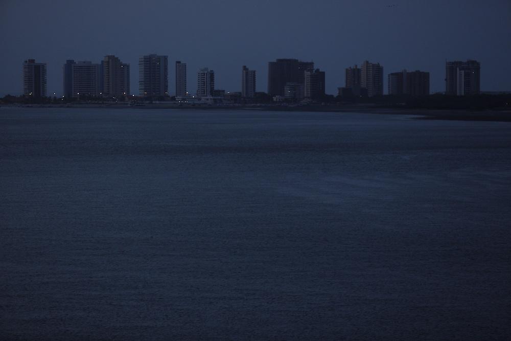 Sao Luis_MA, Brasil.<br /> <br /> Na foto, a cidade vista de Sao Luis do Maranhao a partir do mar.<br /> <br /> In the photo, view of Sao Luis do Maranhao from of the sea.<br /> <br /> Foto: LEO DRUMOND / NITRO