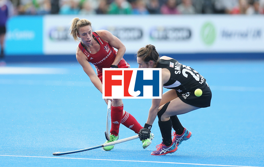 LONDON, ENGLAND - JUNE 21: Susannah Townsend of Great Britain and Kelsey Smith of New Zealand during the FIH Women's Hockey Champions Trophy match between New Zealand and Great Britain at Queen Elizabeth Olympic Park on June 21, 2016 in London, England.  (Photo by Alex Morton/Getty Images)