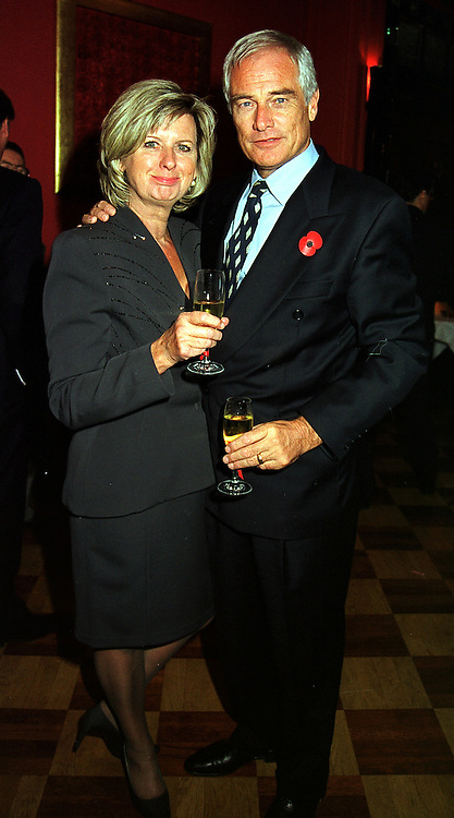 MR & MRS ROBERT KILROY-SILK he is the TV presenter, at a party in London on 3rd November 1999.MYN 14