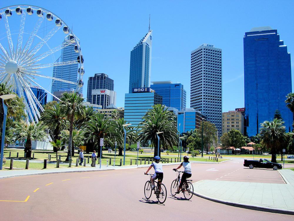 Should i date in Perth