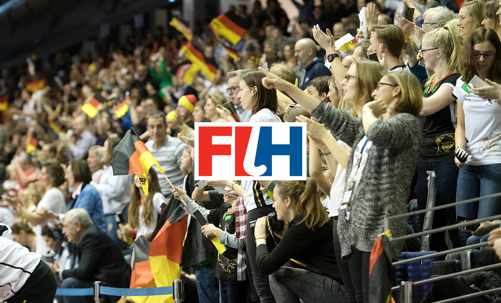 BERLIN - Indoor Hockey World Cup<br /> Final: Netherlands - Germany<br /> foto: Fans<br /> WORLDSPORTPICS COPYRIGHT FRANK UIJLENBROEK