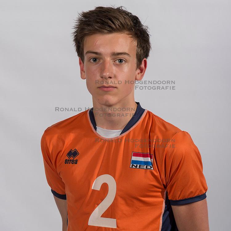07-06-2016 NED: Jeugd Oranje jongens &lt;1999, Arnhem<br /> Photoshoot met de jongens uit jeugd Oranje die na 1 januari 1999 geboren zijn / Markus Held SV