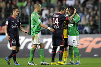 FOOTBALL - FRENCH CHAMPIONSHIP 2009/2010 - L1 - AS SAINT ETIENNE v PARIS SAINT GERMAIN - 18/04/2010 - PHOTO JEAN MARIE HERVIO / DPPI - INCIDENT MATEJA KEZMAN (PSG) / PAPE DIAKHATE (ASSE)