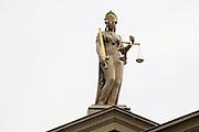 Nederland, Zutphen, 17-6-2009Beeld van vrouwe justitia op het gebouw van de rechtbank.Foto: Flip Franssen/Hollandse Hoogte