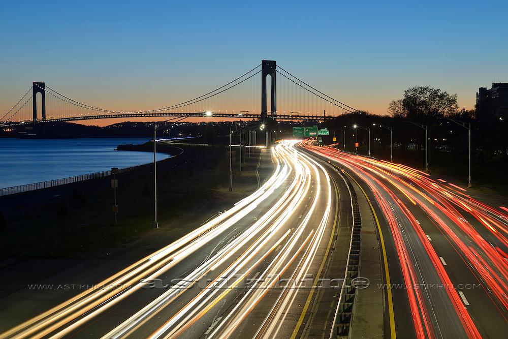 Night in Brooklyn Belt Pkwy, New York City at twilight..