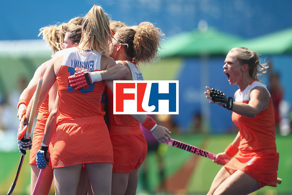 RIO DE JANEIRO, BRAZIL - AUGUST 17:  The Netherlands celebrate a goal during the womens semifinal match between the Netherlands and Germany on Day 12 of the Rio 2016 Olympic Games at the Olympic Hockey Centre on August 17, 2016 in Rio de Janeiro, Brazil.  (Photo by Mark Kolbe/Getty Images)