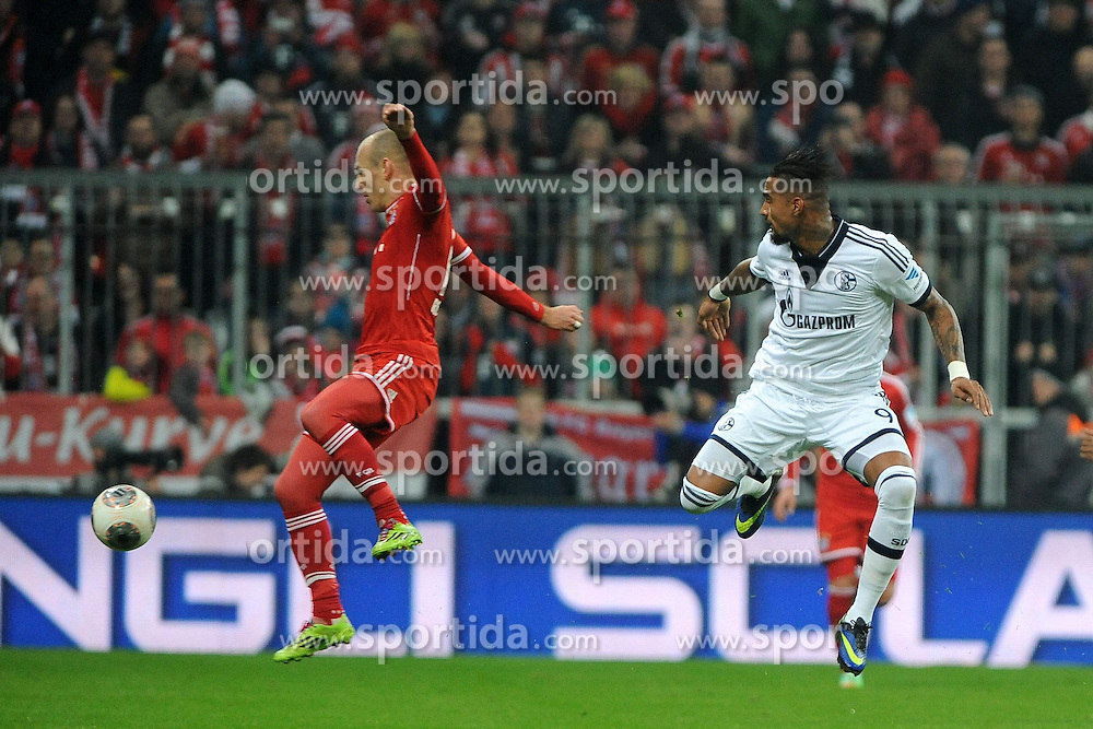 01.03.2014, Allianz Arena, Muenchen, GER, 1. FBL, FC Bayern Muenchen vs Schalke 04, 23. Runde, im Bild vl Arjen Robben (FC Bayern Muenchen), Kevin-Prince Boateng (Schalke 04) // during the German Bundesliga 23th round match between FC Bayern Munich and Schalke 04 at the Allianz Arena in Muenchen, Germany on 2014/03/01. EXPA Pictures © 2014, PhotoCredit: EXPA/ Eibner-Pressefoto/ Stuetzle<br /> <br /> *****ATTENTION - OUT of GER*****