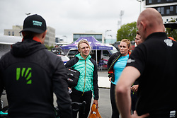 Anna Christian (GBR) talks wheel choices at Ladies Tour of Norway 2018 Stage 2, a 127.7 km road race from Fredrikstad to Sarpsborg, Norway on August 18, 2018. Photo by Sean Robinson/velofocus.com