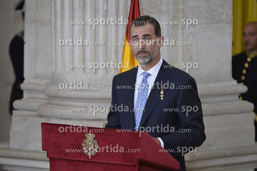 19.06.2015, Madrid, ESP, König Felipe VI und Königin Letizia im Orden del Merito, im Bild King Felipe VI of Spain // during the Orden del Merito Civil decorations imposition ceremony at Madrid, Spain on 2015/06/19. EXPA Pictures © 2015, PhotoCredit: EXPA/ Alterphotos/ Pool<br /> <br /> *****ATTENTION - OUT of ESP, SUI*****