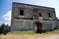 """Masseria della """"Lama"""" in contrada Lama nei pressi del Santuario di S.Cosimo alla Macchia."""