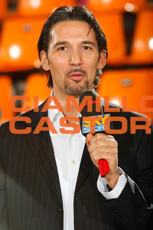 DESCRIZIONE : Udine Lega A1 2007-08 Snaidero Udine Premiata Montegranaro <br /> GIOCATORE : Mario Boni <br /> SQUADRA : Sky <br /> EVENTO : Campionato Lega A1 2007-2008 <br /> GARA : Snaidero Udine Premiata Montegranaro <br /> DATA : 30/12/2007 <br /> CATEGORIA : <br /> SPORT : Pallacanestro <br /> AUTORE : Agenzia Ciamillo-Castoria/S.Silvestri