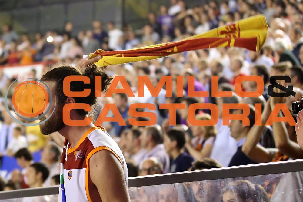 DESCRIZIONE : Roma Lega A 2012-2013 Acea Roma Trenkwalder Reggio Emilia playoff quarti di finale gara 7<br /> GIOCATORE : Luigi Datome<br /> CATEGORIA : esultanza<br /> SQUADRA : Acea Roma<br /> EVENTO : Campionato Lega A 2012-2013 playoff quarti di finale gara 7<br /> GARA : Acea Roma Trenkwalder Reggio Emilia<br /> DATA : 21/05/2013<br /> SPORT : Pallacanestro <br /> AUTORE : Agenzia Ciamillo-Castoria/ElioCastoria<br /> Galleria : Lega Basket A 2012-2013  <br /> Fotonotizia : Roma Lega A 2012-2013 Acea Roma Trenkwalder Reggio Emilia playoff quarti di finale gara 7<br /> Predefinita :