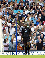 Photo: Chris Ratcliffe.<br /> Tottenham Hotspur v Portsmouth. The Barclays Premiership. 01/10/2006.<br /> Sol Campbell of Portsmouth gets a taunting from the Spurs crowd.