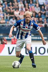 Morten Thorsby of sc Heerenveen during the Dutch Eredivisie match between sc Heerenveen and FC Groningen at Abe Lenstra Stadium on April 08, 2018 in Heerenveen, The Netherlands