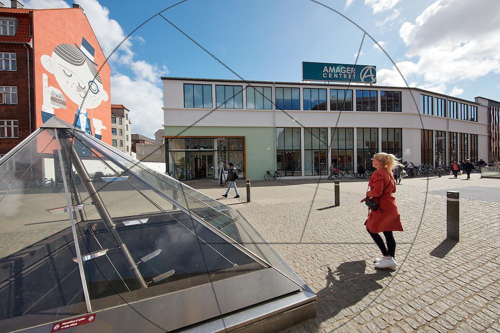 Amagercenteret efter renovering, ny facace, eksempel på renovering, eksempel på facaderenovering, bygherre: Danica Pension