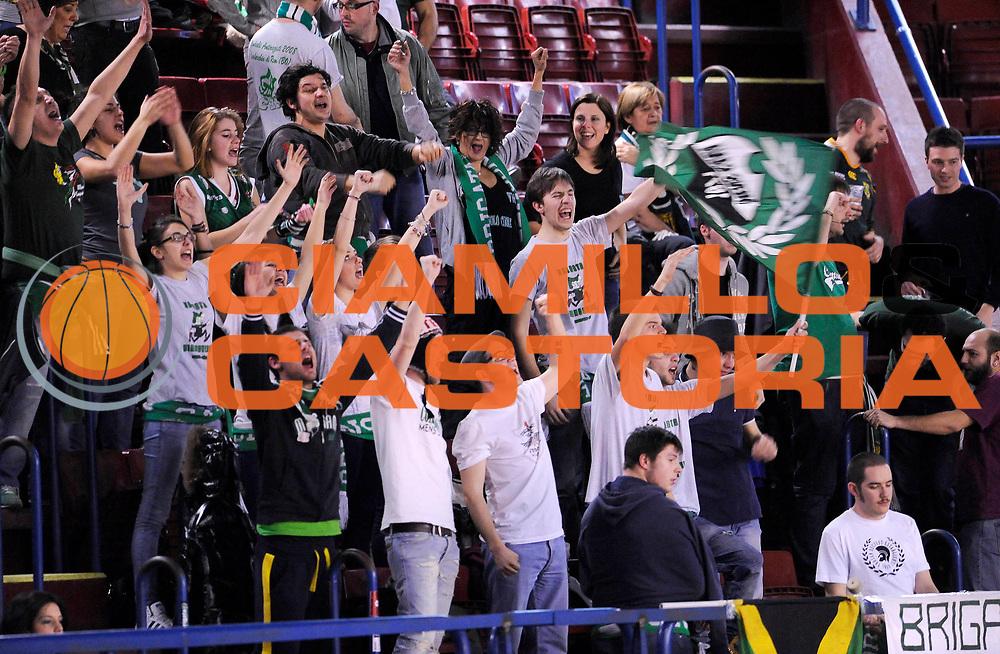 DESCRIZIONE : Milano Coppa Italia Final Eight 2013 Semifinale Banco di Sardegna Sassari Montepaschi Siena<br /> GIOCATORE : <br /> CATEGORIA : Tifosi Supporters<br /> SQUADRA : Montepaschi Siena<br /> EVENTO : Beko Coppa Italia Final Eight 2013<br /> GARA : Banco di Sardegna Sassari Montepaschi Siena<br /> DATA : 09/02/2013<br /> SPORT : Pallacanestro<br /> AUTORE : Agenzia Ciamillo-Castoria/A.Giberti<br /> Galleria : Lega Basket Final Eight Coppa Italia 2013<br /> Fotonotizia : Milano Coppa Italia Final Eight 2013 Semifinale Banco di Sardegna Sassari Montepaschi Siena<br /> Predefinita :