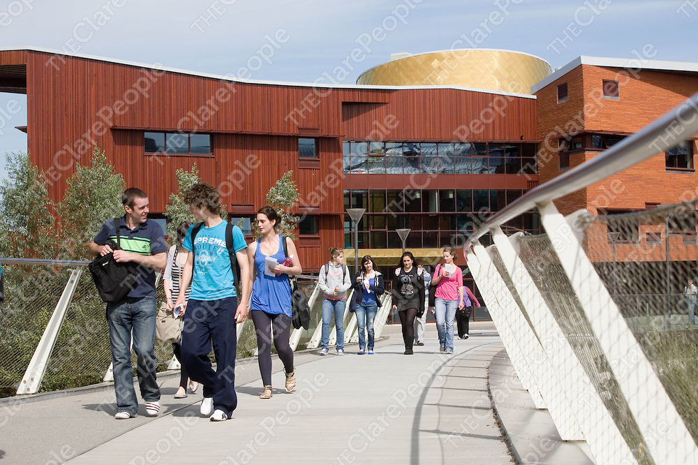 40 SCHOLARSHIPS FOR 40 YEARS<br /> UL marks 40th Anniversary with &Ucirc;2,000 Scholarships for<br /> <br /> 40 Incoming Students<br /> <br /> <br /> <br />  <br /> <br /> The University of Limerick is offering &Ucirc;2,000 entrance scholarships to 40 students to mark the occasion of its 40th Anniversary this year.  The 40 scholarships will be offered to students who will begin their undergraduate studies in the Autumn Semester for the Academic Year 2012/13.  <br /> <br />  <br /> <br /> Speaking about the UL40 Scholarships Professor Paul McCutcheon, Vice President Academic &amp; Registrar of the University of Limerick said &Ograve;These scholarships celebrate 40 years of academic endeavour in UL.  UL has grown expansively into an internationally renowned university and produced talented and high calibre graduates.  The UL40 scholarships are an ideal way to recognise UL&Otilde;s academic achievements over the past 40 years since it first began by helping 40 entrant students to begin their academic lives.&Oacute;<br /> <br />  <br /> <br /> The UL40 Scholarships will be awarded to incoming students based on their performance in the Leaving Certificate determined by their CAO points.  All CAO applicants will be automatically included in the selection process provided they have not already received another bursary or scholarship from UL.  <br /> <br />  <br /> <br /> The scholarships are on offer across all disciplines including 9 scholarships for each faculty of Science and Engineering, Kemmy Business School, Education and Health Sciences, and Arts, Humanities and Social Sciences.  There will also be 2 scholarships for the Irish World Academy of Music and Dance and 2 scholarships for Inter-faculty programmes such as BA Law and Accounting and BA International Insurance and European Studies.   <br /> <br />  <br /> <br /> The UL40 scholarships of &Ucirc;2,000 each are funded by the University of Limerick in recognition of its 40th year in existence as an educational ins