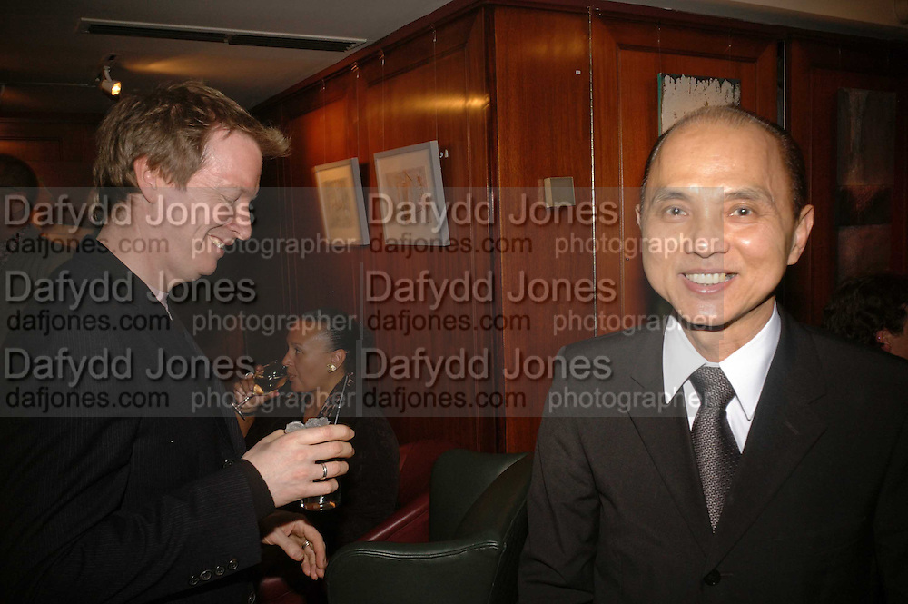 IAN R. WEBB AND JIMMY CHOO, Sir Peter Blake and Poppy De Villeneuve host a party with University of the Arts London at the Arts Club, Dover Street, London. 20 APRIL 2006<br />