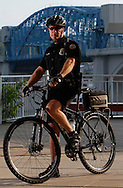Chattanooga Police Department Bike Patrol Officer Keith Jennings patrols the tourist-heavy areas of downtown Chattanooga. Officer Jennings has 28-years with the CPD and started riding with the bike patrol in 1993, one year after it was established. © Dan Henry / BiciPhoto.com