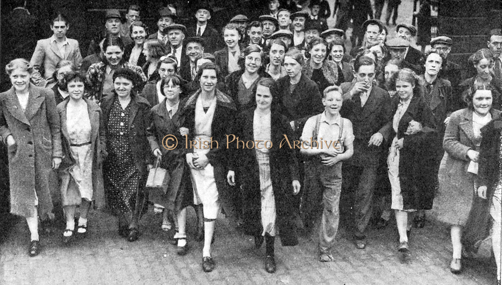 In May 1940 Churchill appointed Lord Beaverbrook Minister of Aircraft Production with Cabinet rank. Aircraft workers responded eagerly to his appeal for them to work on Sundays. Britain, War effort, Labour,  Female,  Youth