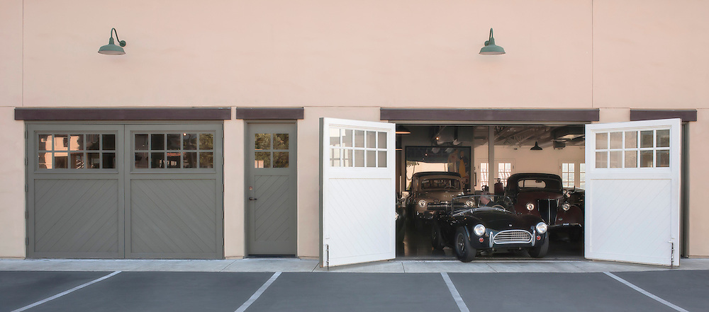 Don Orosco's garage, Monterey, California, USA