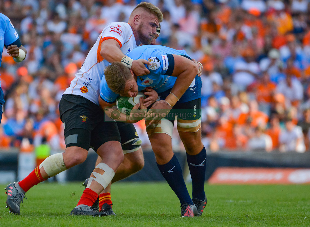Hanro Liebenberg of the Blue Bulls and Paul Schoeman of the Free State Cheetahs during the Currie Cup Final between the The Free State Cheetahs and Blue Bulls held at Toyota Stadium (Free State Stadium), Bloemfontein, South Africa on the 22nd October 2016<br /> <br /> Photo by:   Frikkie Kapp / Real Time Images