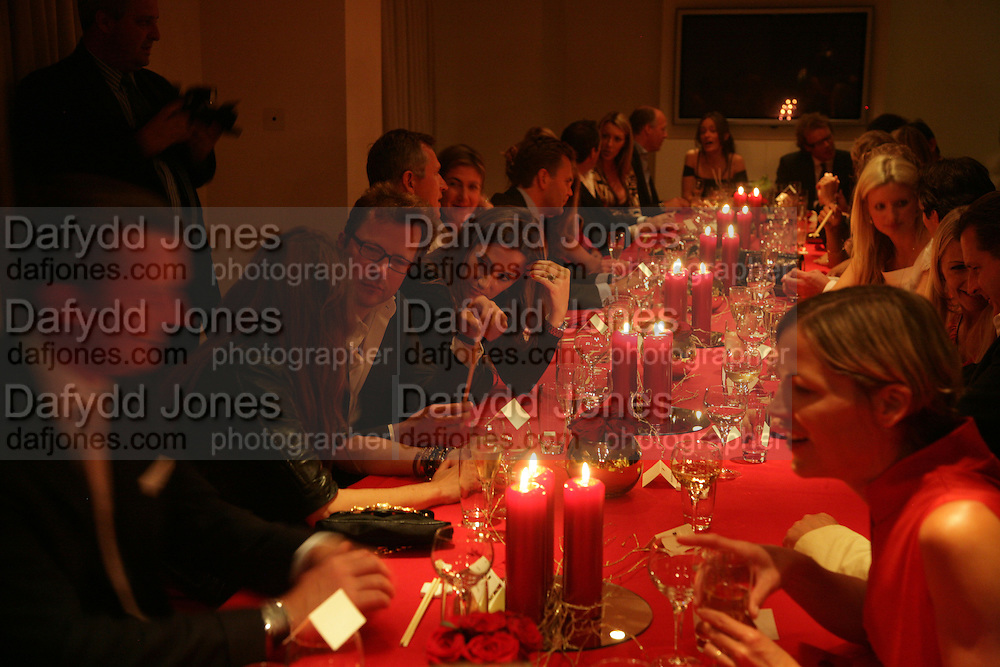 The Eve Appeal Dinner, Nobu London,  Dinner in aid of Eve Appeal, Gynaecology Cancer Research Fund, 3 September 2007. -DO NOT ARCHIVE-© Copyright Photograph by Dafydd Jones. 248 Clapham Rd. London SW9 0PZ. Tel 0207 820 0771. www.dafjones.com.