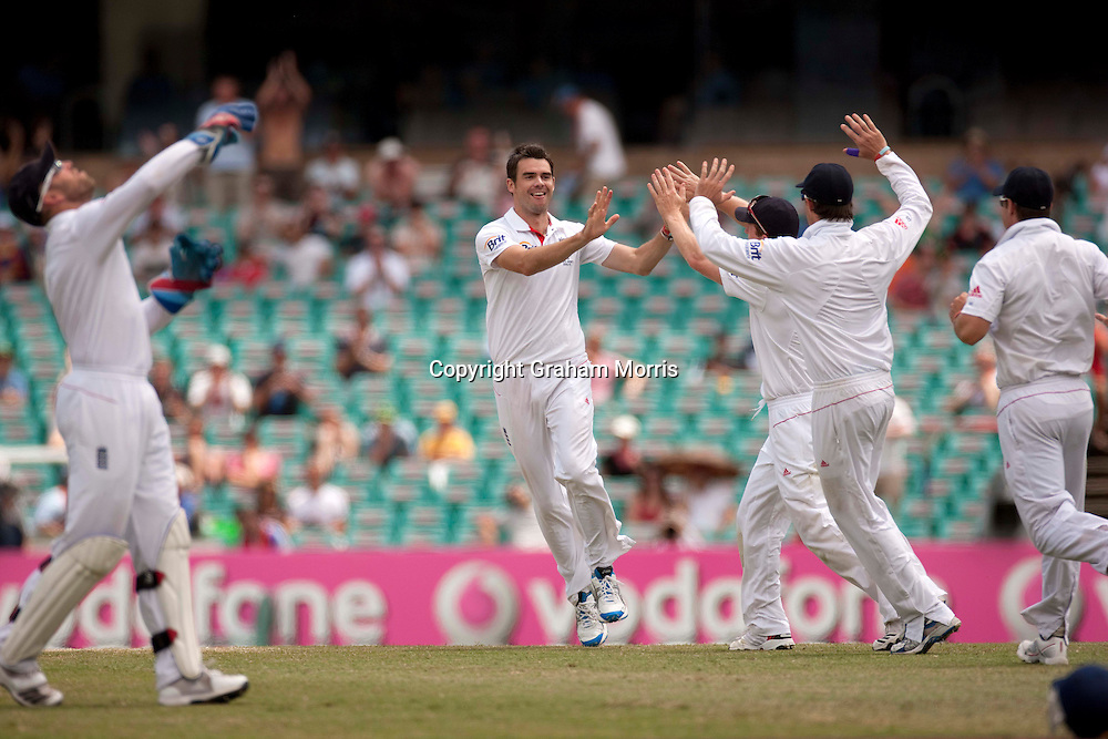 Bowler James Anderson celebrates the wicket of Ben Hilfenhaus during the fifth and final Ashes test match between Australia and England at the SCG in Sydney, Australia. Photo: Graham Morris (Tel: +44(0)20 8969 4192 Email: sales@cricketpix.com) 07/01/11