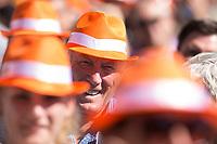 07 SEP 2013, ORANIENBURG/GERMANY:<br /> Senior mit CDU Hut zwischen anderen Gaesten, waehrend einem Wahlkampfauftritt von Angela Merkel, CDU, Bundeskanzlerin, anl. der Bundestagswahl 2013, Schlossplatz, Oranienburg<br /> IMAGE: 20130907-01-020<br /> KEYWORDS: Wahlkampf, Rentner, Alte, Kappe, Muetze, Mütze, Huete, Hüte, Orange, Parteianhänger, Parteianhaenger, Mitglieder, Zuschauer, Zuhoerer, Zuhörer