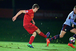 KIRKBY, ENGLAND - Wednesday, November 23, 2016: Liverpool's Matthew Virtue scores the second goal against Burnley during the Lancashire Senior Cup 2nd Round match at the Academy. (Pic by David Rawcliffe/Propaganda)