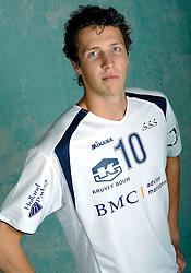 08-10-2009 VOLLEYBAL: PHOTOSHOOT SSS: BARNEVELD<br /> Photoshoot SSS A League seizoen 2009 - 2010 / Dwin Brouwer<br /> ©2009-WWW.FOTOHOOGENDOORN.NL