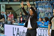 DESCRIZIONE : Desio Lega A 2014-15 <br /> Acqua Vitasnella Cantù vs Vagoli Basket Cremona<br /> GIOCATORE : Vagoli Basket Cremona0<br /> CATEGORIA : Coach mani schema<br /> SQUADRA : Vagoli Basket Cremona<br /> EVENTO : Campionato Lega A 2014-2015 GARA :Acqua Vitasnella Cantù vs Vagoli Basket Cremona<br /> DATA : 20/04/2015 <br /> SPORT : Pallacanestro <br /> AUTORE : Agenzia Ciamillo-Castoria/IvanMancini<br /> Galleria : Lega Basket A 2014-2015 Fotonotizia : Desio Lega A 2014-15 Acqua Vitasnella Cantù vs Vagoli Basket Cremona<br /> Predefinita: