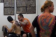 Belo Horizonte_MG, Brasil...Primeira edicao do BH Tattoo Convention no centro de convencoes, Minas Centro em Belo Horizonte, Minas Gerais. O evento reuniu tatuadores, convidados, e participantes de varios estados. Paralelo ao festival aconteceu o concurso que premiou melhores tatuagens na categorias, Coloridas, Orientais, New e Old School, e P&B...First edition of BH Tattoo Convention at the Convention Center, Minas Centro in Belo Horizonte, Minas Gerais. The event brought together tattoo artists, guests and participants from various states. ..Foto: MARCUS DESIMONI / NITRO.....