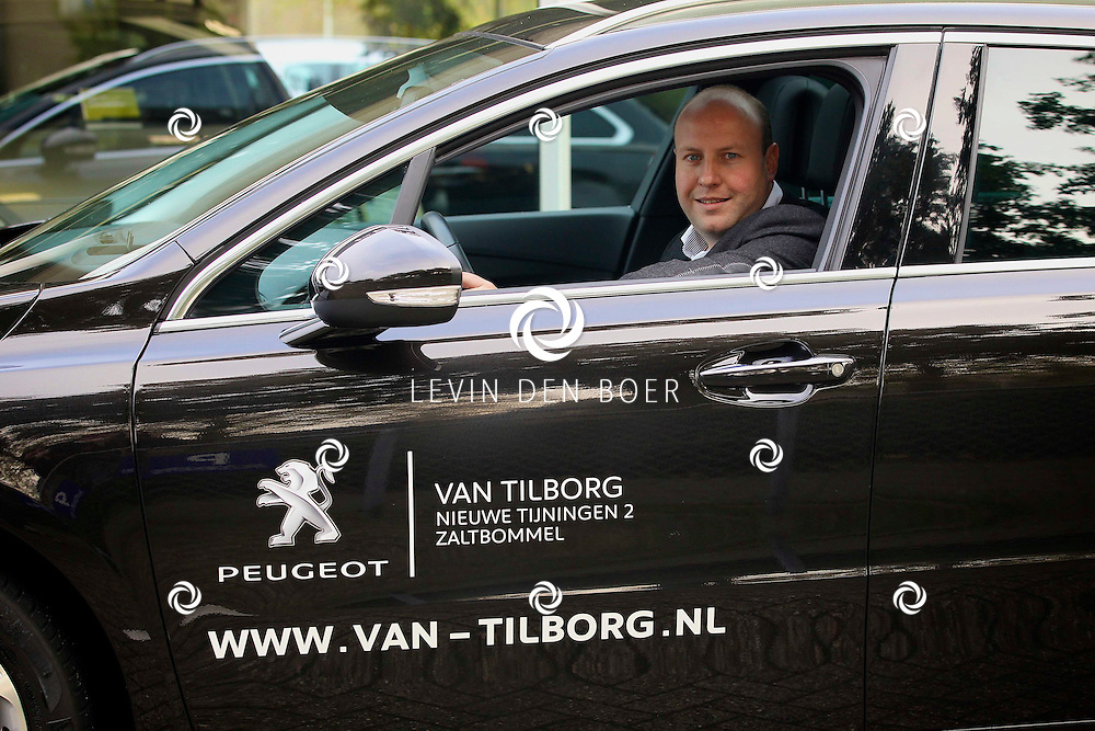 ZALTBOMMEL - De Peugeot Garage te Zaltbommel. Met op de foto directeur Martin Groeneveld. FOTO LEVIN DEN BOER - PERSFOTO.NU